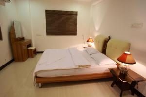 Phils' Residency & Banquets, Hotels  Cochin - big - 55
