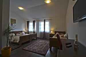 Hotel Lug, Hotel  Bilje - big - 7