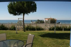 Beachfront townhouse Costa del Sol, Nyaralók  Estepona - big - 34