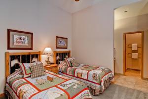 Meadows Condos at EagleRidge by Wyndham Vacation Rentals, Апарт-отели  Стимбот-Спрингс - big - 66
