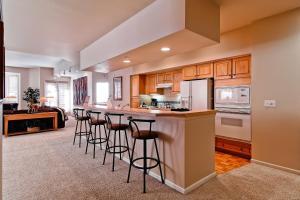 Meadows Condos at EagleRidge by Wyndham Vacation Rentals, Апарт-отели  Стимбот-Спрингс - big - 67