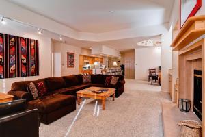 Meadows Condos at EagleRidge by Wyndham Vacation Rentals, Апарт-отели  Стимбот-Спрингс - big - 70