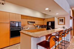 Meadows Condos at EagleRidge by Wyndham Vacation Rentals, Апарт-отели  Стимбот-Спрингс - big - 77
