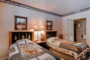 Meadows Condos at EagleRidge by Wyndham Vacation Rentals, Апарт-отели  Стимбот-Спрингс - big - 53
