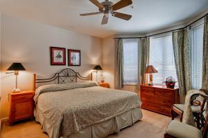 Meadows Condos at EagleRidge by Wyndham Vacation Rentals, Апарт-отели  Стимбот-Спрингс - big - 54