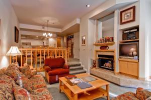 Meadows Condos at EagleRidge by Wyndham Vacation Rentals, Апарт-отели  Стимбот-Спрингс - big - 56