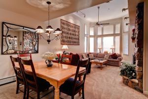 Meadows Condos at EagleRidge by Wyndham Vacation Rentals, Апарт-отели  Стимбот-Спрингс - big - 59