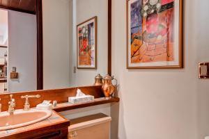 Meadows Condos at EagleRidge by Wyndham Vacation Rentals, Апарт-отели  Стимбот-Спрингс - big - 26