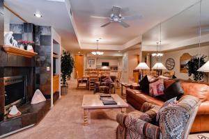 Meadows Condos at EagleRidge by Wyndham Vacation Rentals, Апарт-отели  Стимбот-Спрингс - big - 14