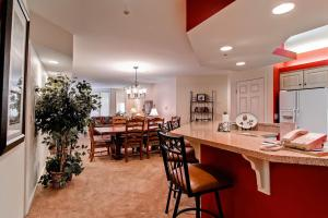 Meadows Condos at EagleRidge by Wyndham Vacation Rentals, Апарт-отели  Стимбот-Спрингс - big - 18