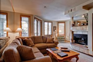 Meadows Condos at EagleRidge by Wyndham Vacation Rentals, Апарт-отели  Стимбот-Спрингс - big - 20
