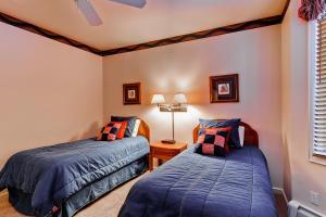 Meadows Condos at EagleRidge by Wyndham Vacation Rentals, Апарт-отели  Стимбот-Спрингс - big - 48