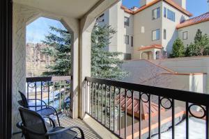 Meadows Condos at EagleRidge by Wyndham Vacation Rentals, Апарт-отели  Стимбот-Спрингс - big - 49