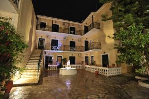 Elli Marina Studios and Apartments(Benitses)