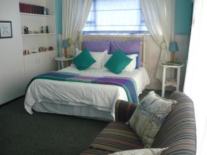 A1 Kynaston Accommodation, Bed and Breakfasts  Jeffreys Bay - big - 58