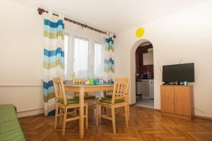 Apartamenty Varsovie Rondo ONZ, Apartmanok  Varsó - big - 15