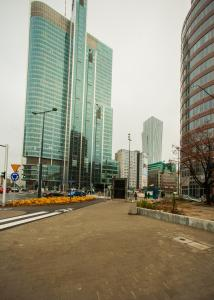 Apartamenty Varsovie Rondo ONZ, Apartmanok  Varsó - big - 17