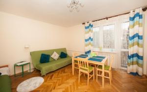 Apartamenty Varsovie Rondo ONZ, Apartmanok  Varsó - big - 20