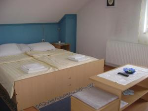 Rooms Family Farm Toma, Guest houses  Bilje - big - 2