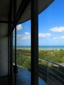 Apartamento com 2 Quartos e Vista Oceano