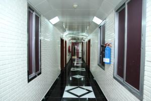 Zaineast Hotel, Hotely  Dubaj - big - 22