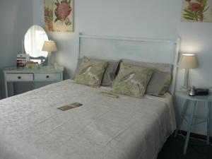A1 Kynaston Accommodation, Bed and Breakfasts  Jeffreys Bay - big - 66