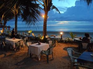Noble House Beach Resort