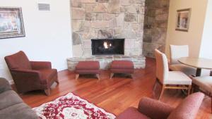 Arbors at Island Landing Hotel & Suites, Hotel  Pigeon Forge - big - 65