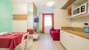 Hotel Venezia, Szállodák  Caorle - big - 45