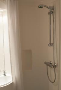Camelot Rooms, Apartments  Eindhoven - big - 9