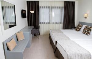 Hotel Black Tulip - Porto Gaia, Szállodák  Vila Nova de Gaia - big - 9