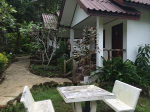 Baansanook Bungalows & Pool, Penziony – hostince  Ko Chang - big - 33