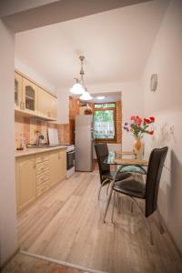 Apartament Maria, Ferienwohnungen  Galaţi - big - 4