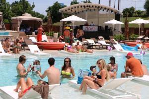 Horseshoe Bossier Casino & Hotel, Resort  Bossier City - big - 45