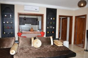 Luxury Flat in Marina Agadir, Apartmanok  Agadir - big - 8