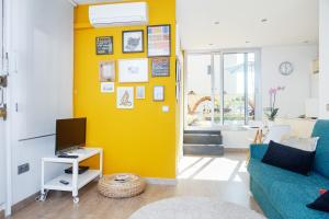 Vila i Vilà Studio with Terrace (2 Adults)