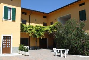 Camping Bella Italia, Villaggi turistici  Peschiera del Garda - big - 39