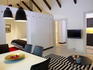 Medium Apartment