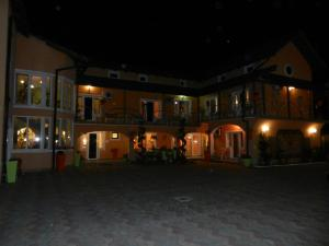 Pensiunea Sergiu & Geanina, Guest houses  Arad - big - 36