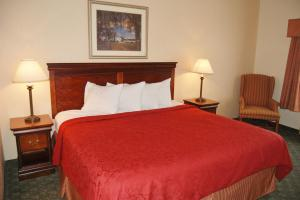 Red Roof Inn & Suites Berea