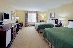 Queen Room with Two Queen Beds - Guest Room Disability Acces/Non-Smoking
