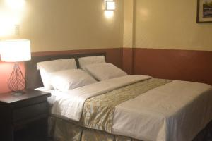 DM Residente Hotel Inns & Villas, Hotely  Angeles - big - 30