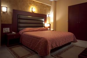 Hotel Life, Hotely  Herakleion - big - 9