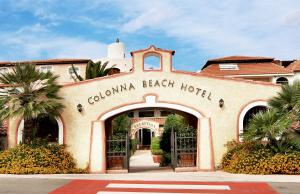 Colonna Beach Hotel - AbcAlberghi.com