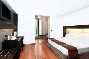 Superior Twin Room with Terrace