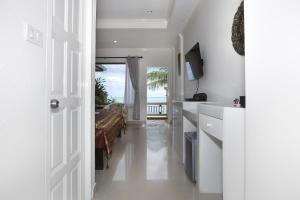 Crystal Bay Beach Resort, Üdülőtelepek  Lamaj-part - big - 62