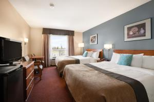 Super 8 by Wyndham Whitecourt, Hotely  Whitecourt - big - 2