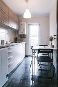 Hermann Apartments, Apartmanok  Nagyszeben - big - 12