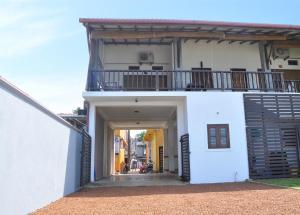 Hikka Beach Flat, Apartmanok  Hikkaduwa - big - 9