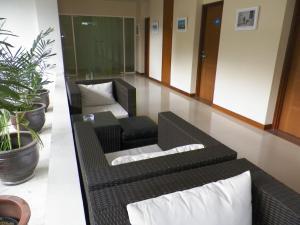 Asana Grove Hotel Yogyakarta, Отели  Джокьякарта - big - 29